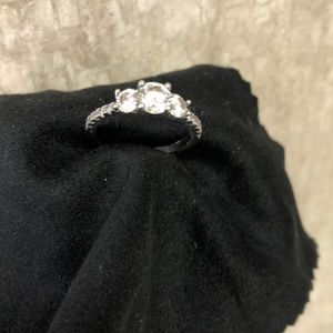 .925 Silver 1 and 1/2 k cubic zirconia ring